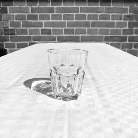 Vattenglas 27cl hyra porslin